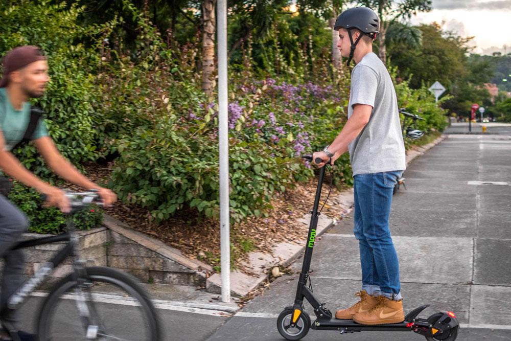 Velocidad de la patineta eléctrica vs bicicleta eléctrica